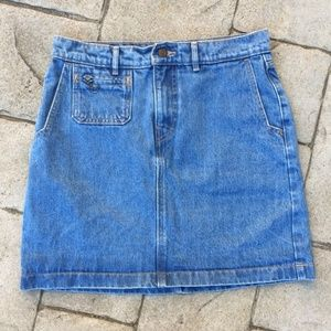 Levi's Zipper Detail Adorable Denim Skirt
